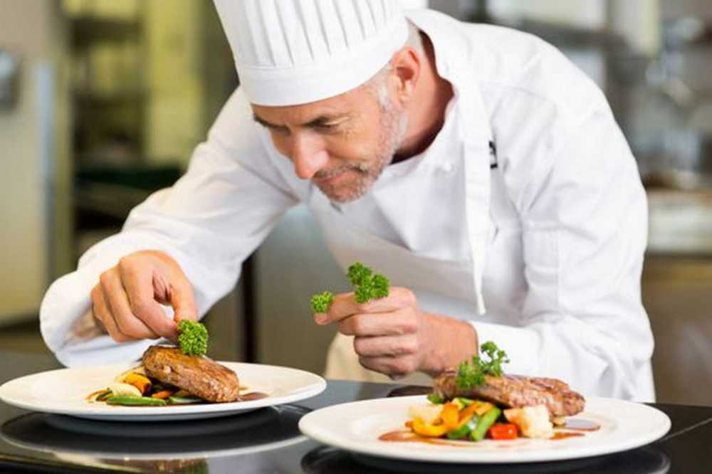 Học nghề đầu bếp chuyên nghiệp chìa khóa mở cửa tương lai